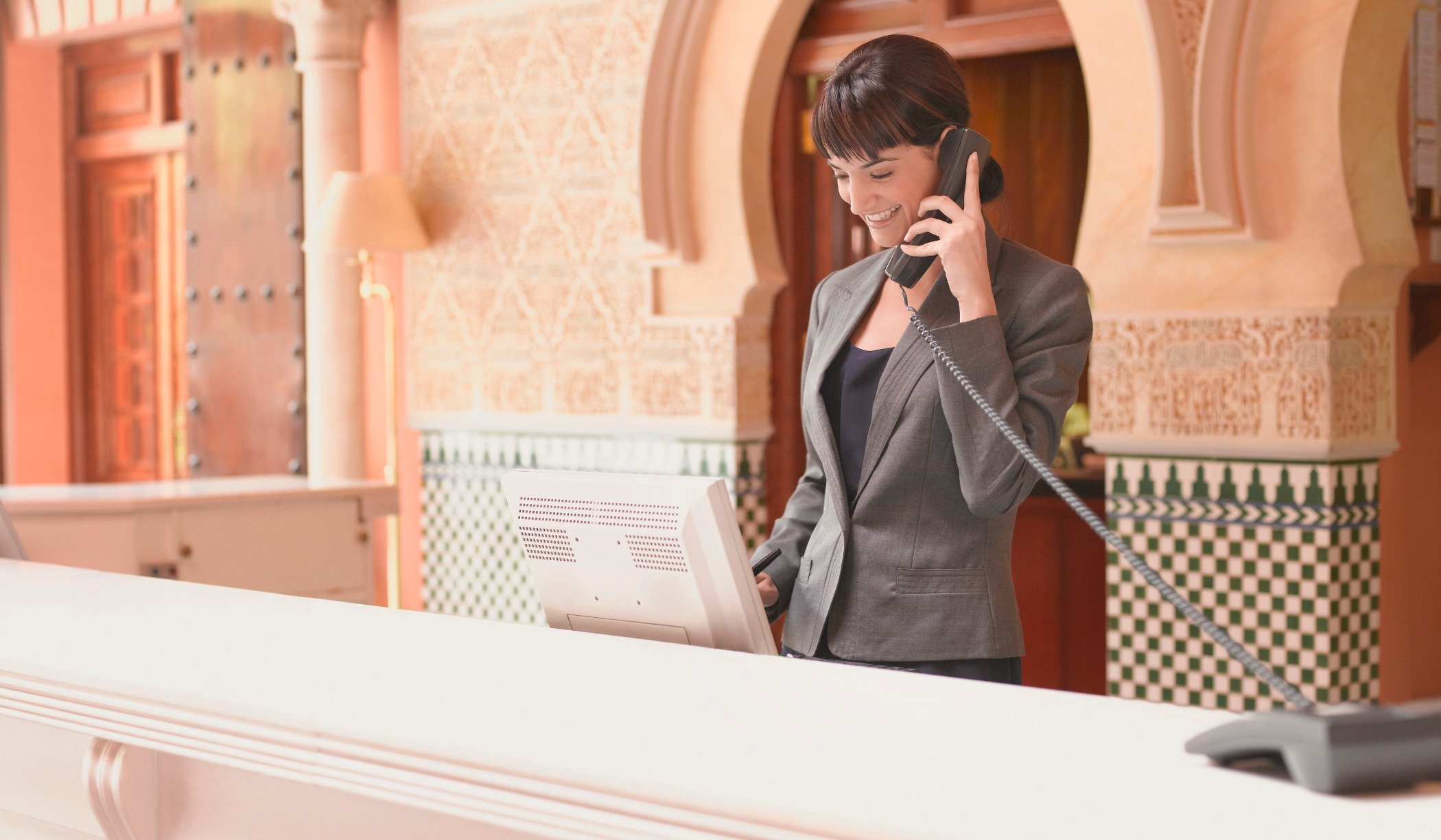 Why VoIP is a go-to Solution for Hotels
