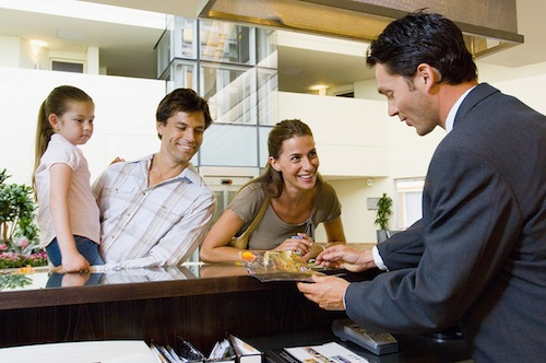 Balancing Self-Service and Personal Interaction at Your Hotel